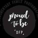 documentary family photographers logo