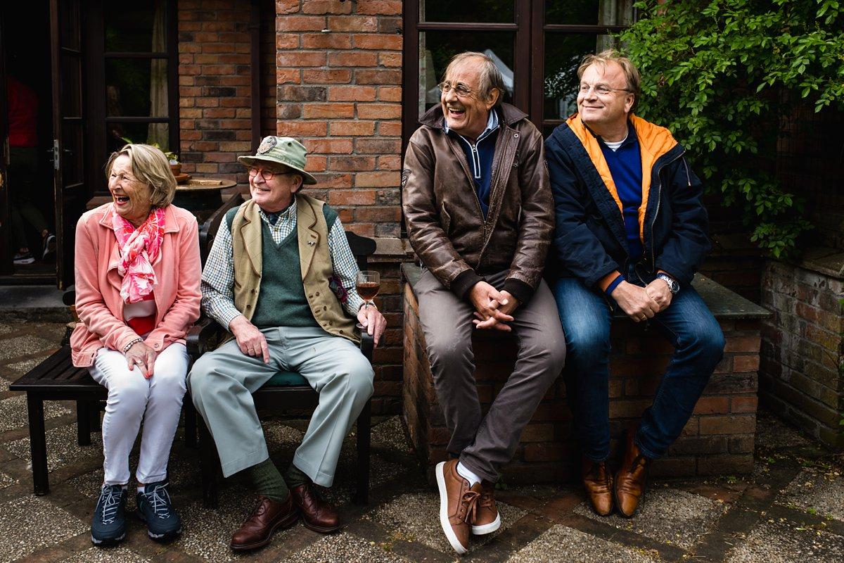 Familiedag fotograferen in Lage Vuursche, documentaire familiefotografie, broers en zus, Sandra Stokmans Fotografie