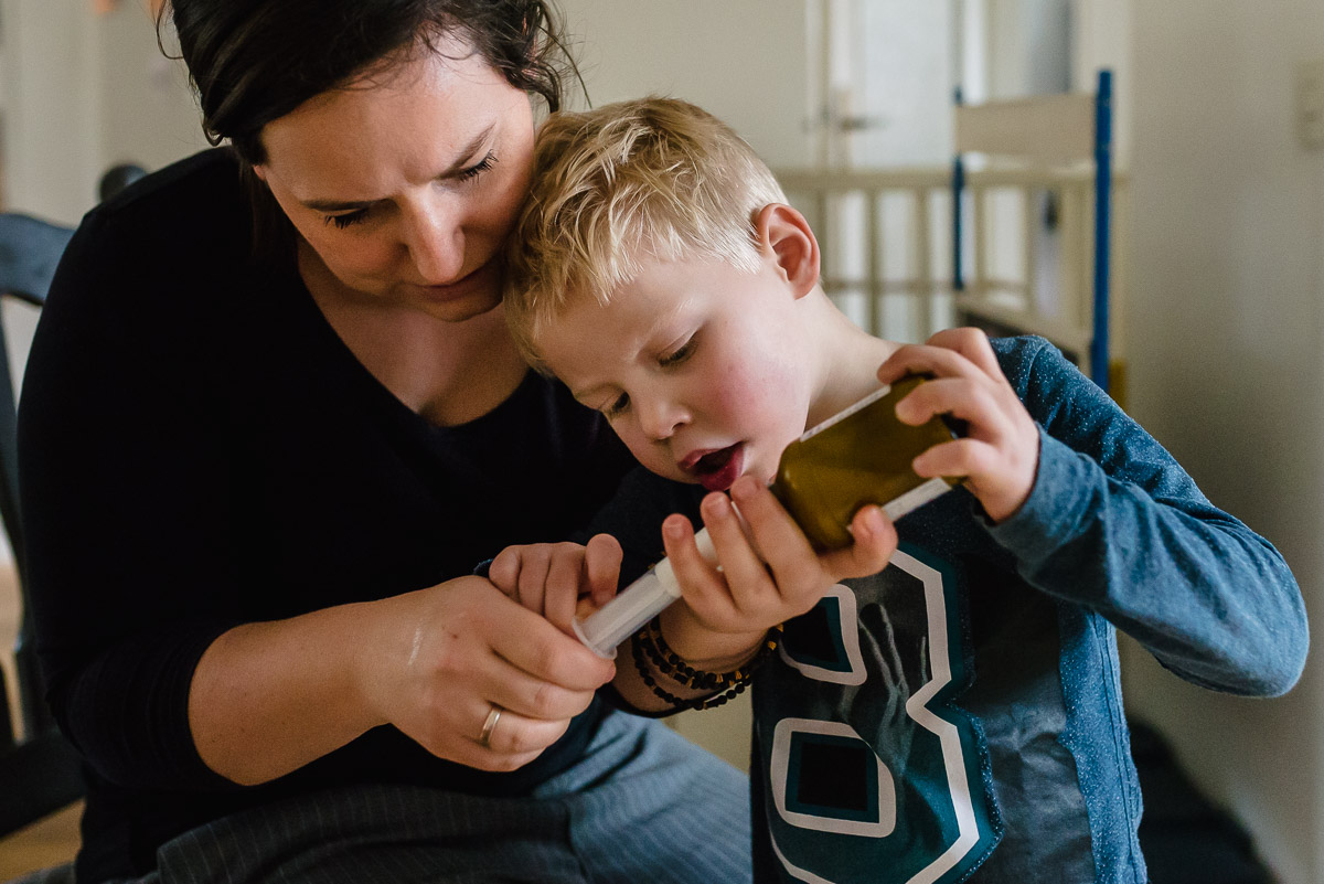 Day in the Life in Ede, medicijnen Hartekind, familie fotografie, Sandra Stokmans Fotografie