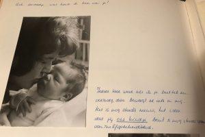 Babyalbum Sandra Stokmans, moeders woorden