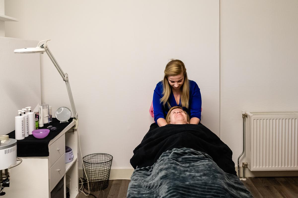 Eeneiige tweeling met een hartafwijking in Laura's Beautysalon Lauressie