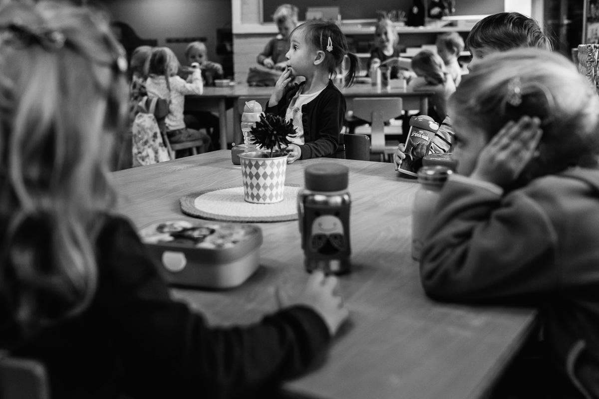 Op de basisschool tijdens Day in the Life Rotterdam, foto door Sandra Stokmans Fotografie
