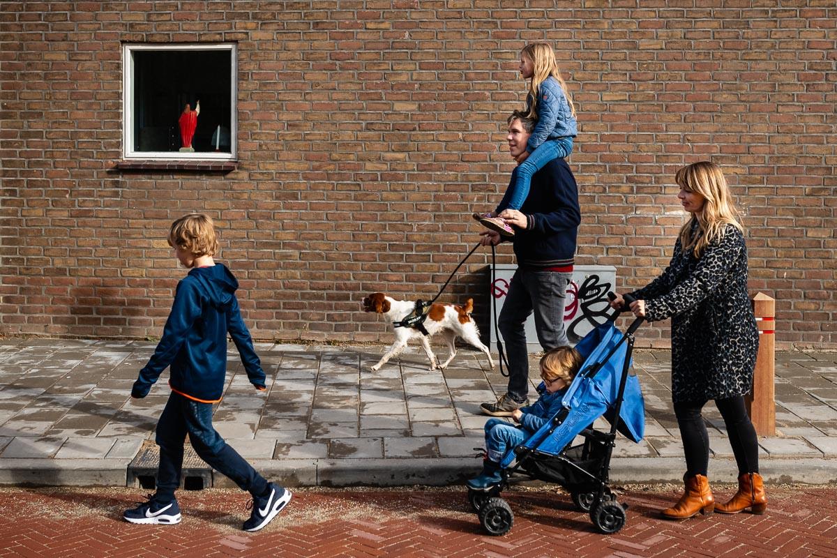 Familiefotograaf Oud-Zuilen, familieportret tijdens een Day in the Life, foto door Sandra Stokmans Fotografie