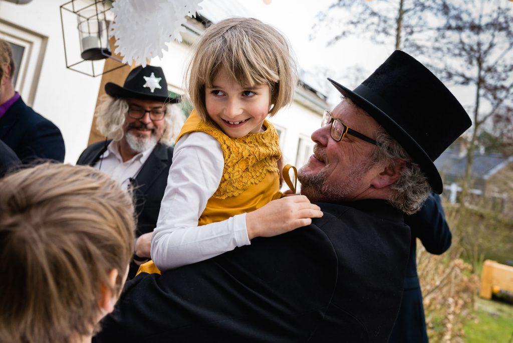 Bruiloftsfotografie-fotos-maken-trouwerij-Assen-documentaire familiefotografie-Sandra Stokmans Fotografie_SSF5695