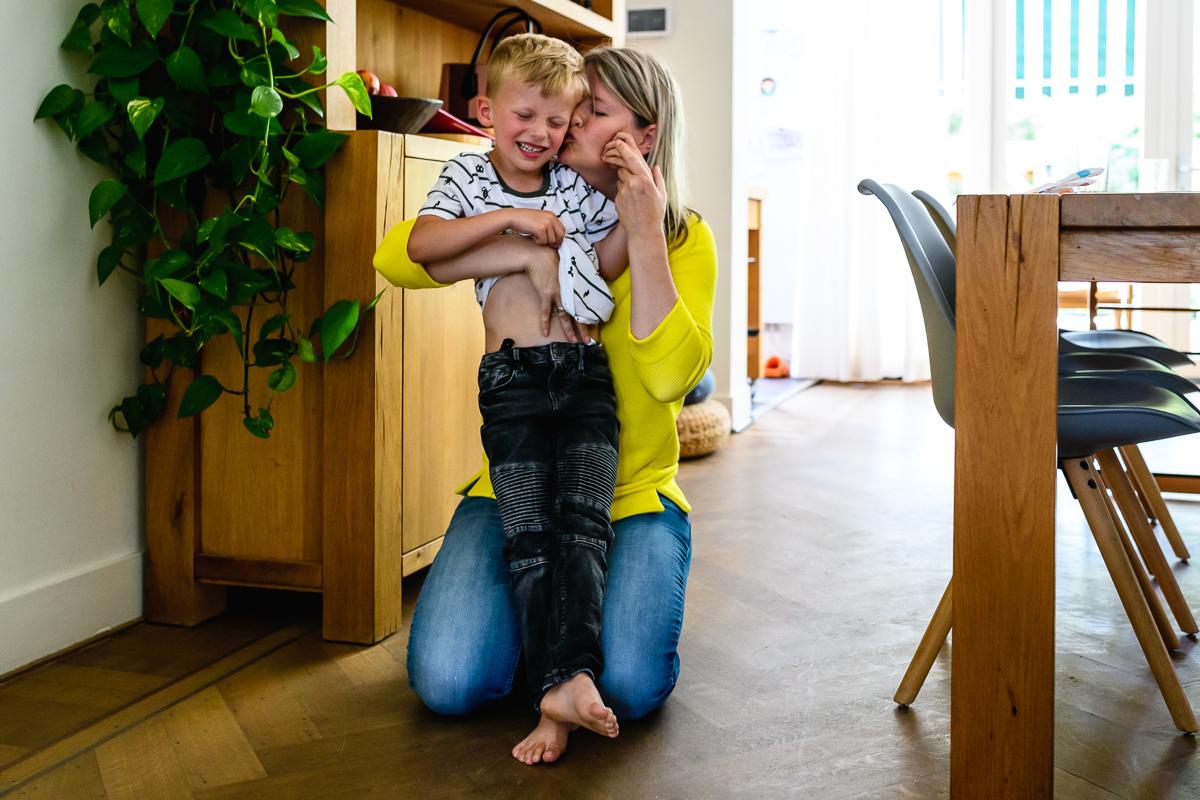 Maar dan is het ook weer heerlijk om het goed te maken, familiefotografie door Sandra Stokmans Fotografie