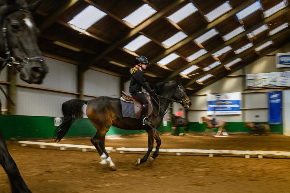 Paardrijden met hartafwijking Tetralogie van Fallot, documentaire fotografie voor Project Hartekind door Sandra Stokmans Fotografie